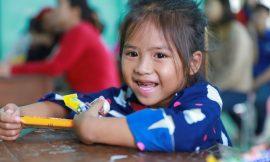 Quỹ Hy Vọng trao 120 góc học tập cho trẻ em khó khăn