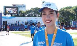 Hoa hậu Đỗ Mỹ Linh chạy tại VnExpress Marathon để giúp trẻ nghèo