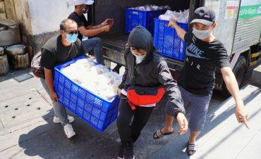 Hành trình mang suất ăn miễn phí đến người nghèo