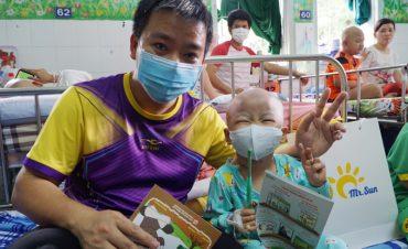 Quỹ Hy vọng san sẻ gánh nặng chữa bệnh với trẻ ung thư