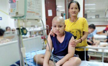 9 tháng học làm 'chiến binh' của người mẹ có con ung thư